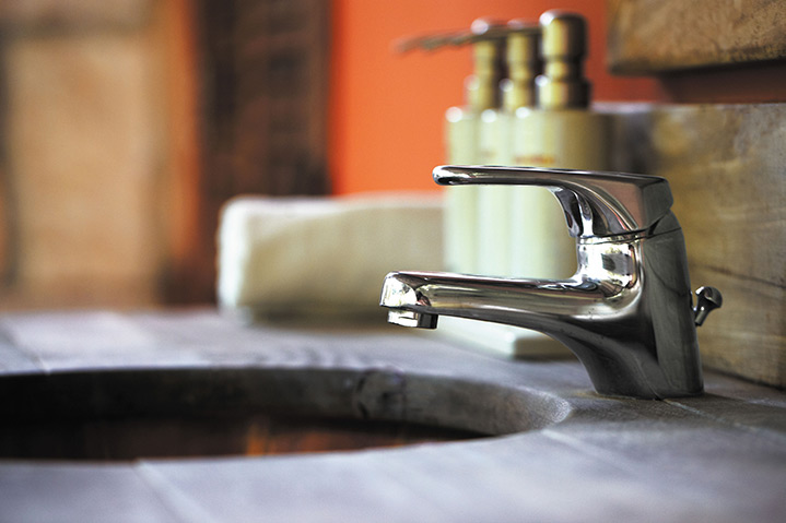 A2B Plumbers are able to fix any leaking taps you may have in Rothwell.